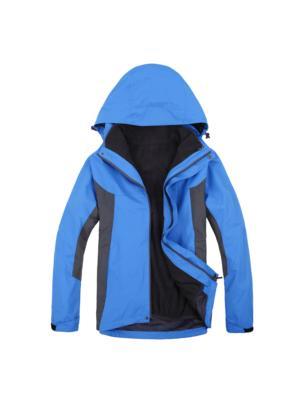 宝蓝色冲锋衣